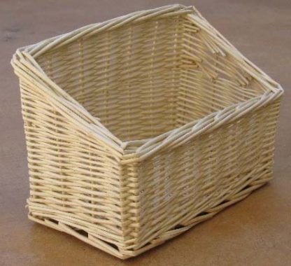 Busy Bunny - New Willow Hay Rack